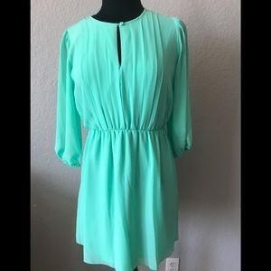 Sweet Storm dress mint green
